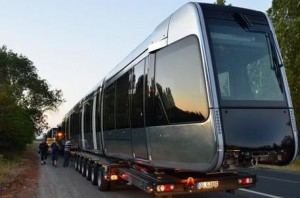 La premiere rame du tramway de Tours